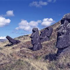 Rapa Nui National Park -   Easter Island ©Sacred Sites / Martin Gray