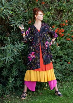 "Sizes S/M and L/XL Kaftan ""Wild"" in organic cotton An open Kaftan is easily carried off garment. Perfect to wear on a hot day, both over a dress or a pant. Printed patterns picture ""Wild"" on a comfortable organic cotton. Comfortable side pockets. Extra spacious fit. Length / M: 92/103 cm Item number 72601 Price SEK 795"
