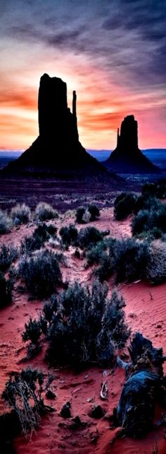 Southwest Sunrise, Monument Valley AZ
