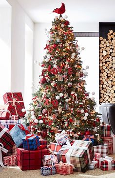 Our Favorite Ways to Deck The Halls | Pottery Barn