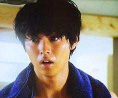 """[Full ep1, no sub, 07/11 - 07/18] http://fod.fujitv.co.jp/s/genre/drama/ser4841/4841810001/       Mirei Kiritani x Kento Yamazaki x Shohei Miura x Shuhei Nomura, Nanao, Sakurako Ohara, Hinako Sano, J drama """"Sukina hito ga iru koto"""", from Jul/11/2016"""