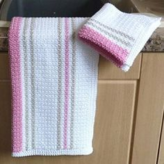 Really love the colour combinations - free pattern.   Dishcloth and Tea Towel - Free Pattern