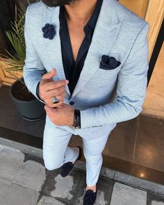 Available Size : Suit material : wool, polyester Machine washable : No Fitting : slim-fit Cutting : double slits, cover pocket, double button Remarks : Dry Cleaner Formal Attire For Men, Prom Suits For Men, Mens Casual Suits, Best Suits For Men, Cool Suits, Mens Slim Fit Suits, Casual Suit Look, Suit For Men, Mens Suits Style