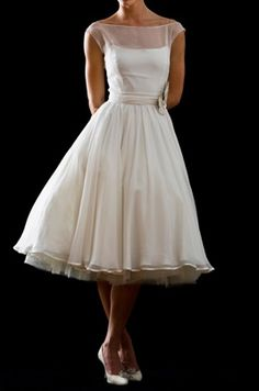 {Can't Afford It/Get Over It} Tea Length Wedding Dress Inspiration For The Under…