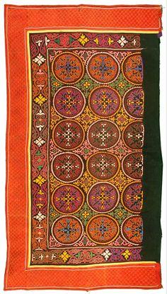 Kazakh Tuskiiz (embroidery for yurt decoration)
