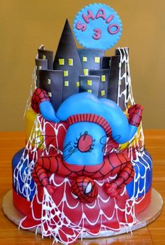 Spider Man Cake!? What in the world!? LOL why is his body like that? Looks weird with his butt up in the air hehe