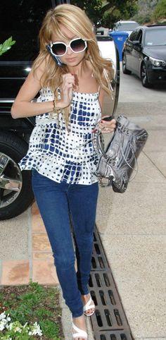 34098326631da Nicole Richie wearing Jet by John Eshaya Dark Clean Skinny Jeans