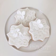 Lace cookies wedding favours
