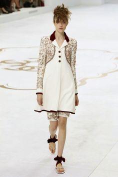 CHANEL - Haute Couture Automne Hiver 2014/2015