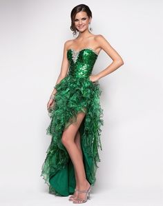 Blush Prom Beautiful in Emerald! #formalapproach
