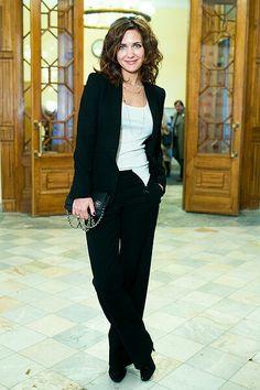 Супер Cool Girl, Girl Fashion, Actors, Blazer, Suits, Jackets, Captions, Beauty, Women