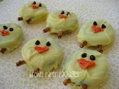 brown paper packages: {oreo chicks}
