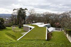 Lara Rios House + Atelier - miba architects