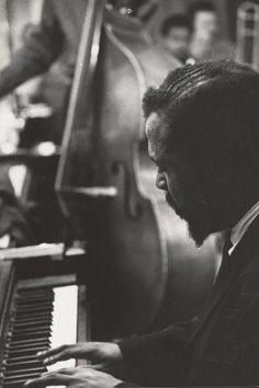 """Si te gusta el jazz y la fotografía desde luego disfrutarás de aquel descubrimiento que se recoge en el libro """"The Jazz Loft Project: Photographs and Tapes of W. Eugene Smith from 821 Sixth Avenue, 1957-1965"""""""