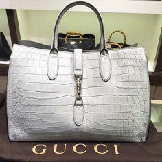 Perfect Gucci handbag. | www.bocadolobo.com/ #luxurybrands #luxurylifestyle #exclusive