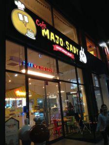 Cafe Majo & Sady  Dongdaemun History & Culture Park Exit 3.
