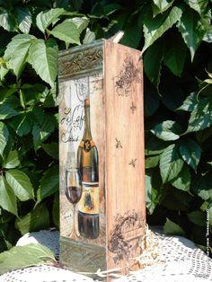 Декупаж - Сайт любителей декупажа - DCPG.RU | «Короба, подставки, упаковка для вина» №21 Работа « Воспоминание о Париже» Decor Crafts, Diy Crafts, Decoupage Wood, In Vino Veritas, Bottle Art, Keepsake Boxes, Cool Artwork, Painting On Wood, Office Decor
