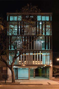 Edificio de viviendas BL783 / Claudio Walter Arquitectos Asociados | Arquimaster