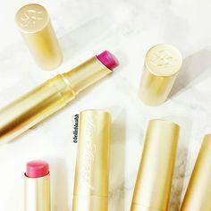 Gnite loves  #belleblushh #toofaced #makeup #makeupjunkie #makeupfix #blogger #beautyblogger
