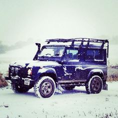 Land Rover Defender 90 Td5. Sw snow time. Live your life and love it.