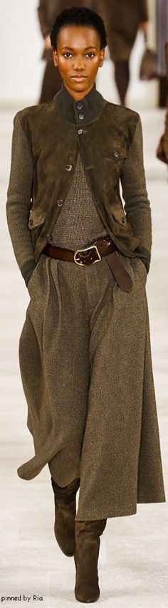 Ralph Lauren Fall 2016 Ready-to-Wear Fashion Show Ralph Lauren Herbst 2016 Ready-to-Wear-Modenschau Mode Outfits, Fashion Outfits, Womens Fashion, Trendy Outfits, Look Fashion, Fashion Show, Fashion Design, Look Formal, Cooler Look