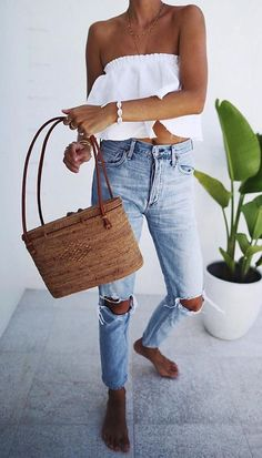 Find More at => http://feedproxy.google.com/~r/amazingoutfits/~3/_NaLlb54L6o/AmazingOutfits.page