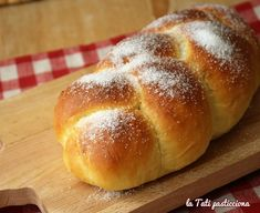 Sweet Yeast Rolls Recipe, Holly Hobbie, Croissant, Biscuits, Muffin, Food And Drink, Bread, Desserts, Recipes