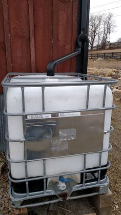 Rain Water Collection - Creating a simple and inexpensive rain water collection system for all of your outdoor watering needs