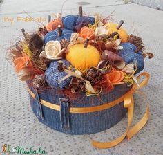 Őszi tökös viragbox asztaldísz (fabkata) - Meska.hu Halloween, Pumpkins, Farmer, Fall Decor, Diy And Crafts, Crafting, Autumn, Color, Ideas