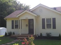 6221 N. Harrison St, Oakview (Gladstone), MO 64118  (Sept. 3, 2013)