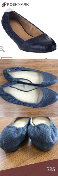 Halston Leather Snake Embossed Flats•Sz 7.5 H by Halston Flats•Snakeskin Print Embossed Leather•Navy Blue•Size 7.5 H by Halston Shoes Flats & Loafers