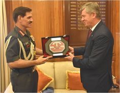 Gen Dalbir Singh #COAS met & interacted with HE Mr Milan Hovorka Ambassador Czech Republic to India on 08 Sep http://16pic.twitter.com/2Lm49XCijd #IndianArmy #Army