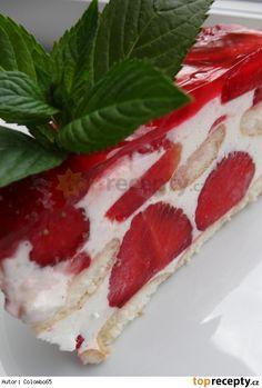 Nepečený tvarohovo-pudinkový dortík s jahodami a želé Pavlova, No Bake Cake, Cheesecake, A Table, Tiramisu, Diy And Crafts, Good Food, Strawberry, Food And Drink