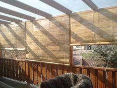 Bamboe rolgordijn als zonwering, voor huis of tuinhuis. Decks And Porches, Ibiza, Home Projects, Ramen, Pergola, Home And Garden, Patio, Outdoor Decor, Gardens
