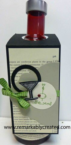 Bottle tags make for easy dress up to a gift. Best of Love - part of new monthly series from Stampin'UP! Wine Bottle Tags, Wine Bottle Covers, Wine Tags, Wine Bottles, Scrapbooking 3d, Handmade Tags, Small Cards, Christmas Gift Tags, Wine Gifts
