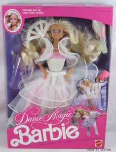 Barbie Playline - Les Pink Boxes des années I had Ken, too! Barbie 80s, Barbie World, Barbie Dress, Vintage Barbie, Vintage Toys, Childhood Toys, Childhood Memories, Bjd, Barbie Family