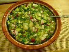 Этот легкий, питательный и очень вкусный суп не только насыщает организм полезными веществами и активизирует работу кишечника, но и отлично утоляет жажду.