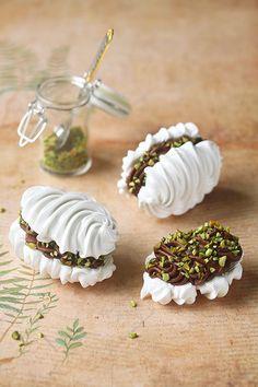 Sweet Recipes, Cake Recipes, Dessert Recipes, Ramadan Desserts, Russian Cakes, Pavlova Recipe, Individual Cakes, Meringue Cookies, Homemade Spices