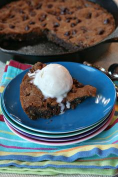 Skillet Chocolate Chip Cookies #Decorated Cookies