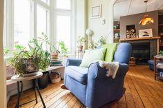 Nid douillet au Centre-ville! Centre, Canada, Couch, Room, Inspiration, Furniture, Home Decor, Apartments, Nest