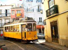 Traveler's little treasures: Lisbon Destination Hostels Review