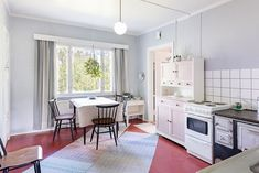 Kitchen Dining, Kitchen Island, Kitchen Cabinets, Dining Room, Contemporary, Home Decor, Summer, Island Kitchen, Decoration Home