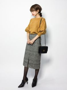 Pin on 着こなし Pin on 着こなし Frock Fashion, Fashion Outfits, Womens Fashion, Fashion Trends, Japanese Fashion, Korean Fashion, Plus Size Fashion Dresses, Minimalist Fashion Women, Winter Stil