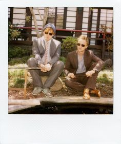 Rupert Grint (Ron Weasley) and Tom Felton (Draco Malfoy) on the set of Harry Potter. Tom Felton, Draco Malfoy, Hermione Granger, Harry Potter Actors, Harry Potter Love, Dramione, Drarry, Rupert Grint, Band Of Outsiders