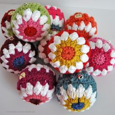 Crocheted Christmas Ball Ornaments Free Pattern