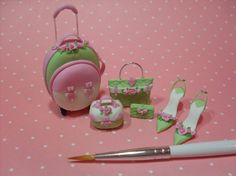 Dollhouses Miniatures - Traveling with stile and charm