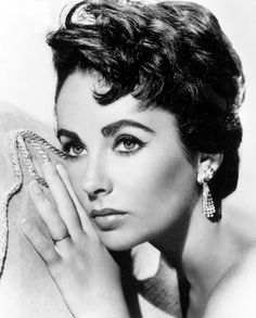 ELIZABETH TAYLOR (Hampstead, 27 feb.1932 – Los Angeles, 23 mar. 2011)