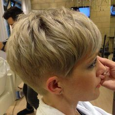 #pixie #haircut #short #shorthair #h #s #p #shorthaircut #blondehair #b #hair #blondeshavemorefun #platinumhair #blonde #haircuts #стрижка