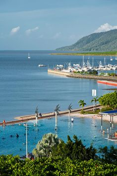 The Esplanade Lagoon.  Cairns, Queensland, Australia | Andrew Watson Photography