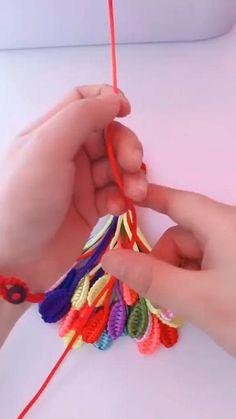 Rope Crafts, Diy Crafts Hacks, Diy Crafts Jewelry, Diy Crafts For Gifts, Bracelet Crafts, Diy Arts And Crafts, Yarn Crafts, Diy Bracelets Patterns, Diy Bracelets Easy